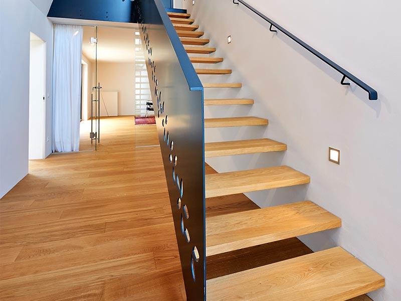 Holzboden und Stiegen Tischlerei Lirsch